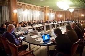 Выбор вектора интеграции: где украинские интересы?