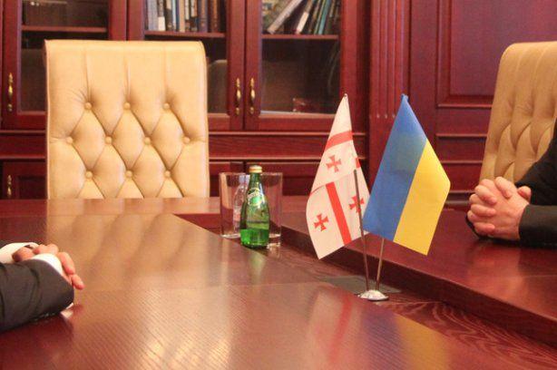 Грузинские советники в Украине: «Хуже, чем сейчас, в Украине не будет, надо начинать меняться»