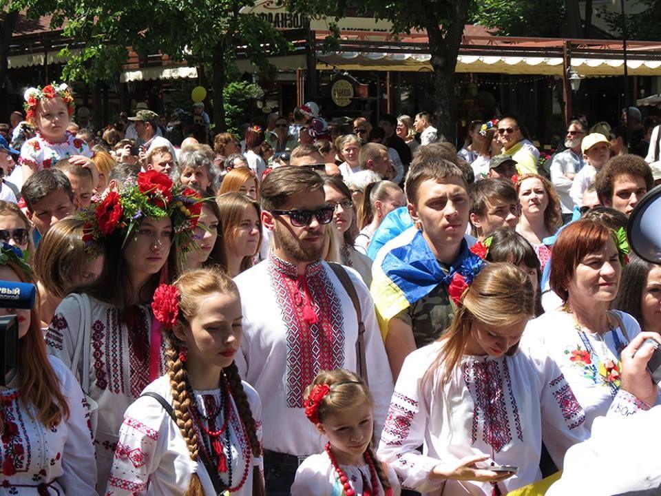 Марш вышиванок в Одессе (фото)
