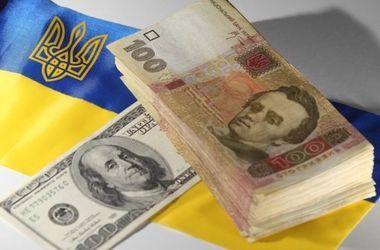 Почему в Украине дешевеет доллар и долго ли это продлится