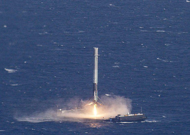 Видео неудачной посадки ракеты Falcon 9