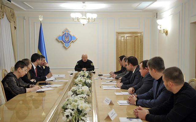 Турчинов закликав створити інформаційну армію