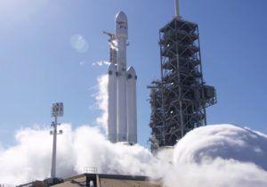 Випробування ракети Falcon Heavy